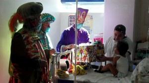 Los Reyes Magos visitaron a los niños de cuatro instituciones de salud